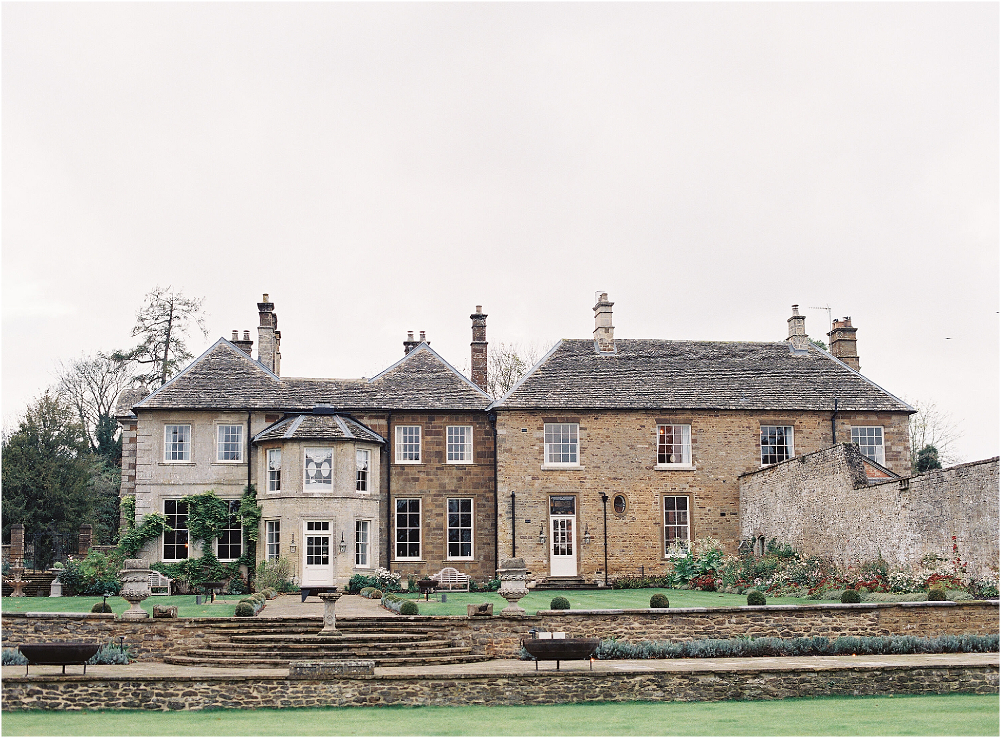 Back view of Thorpe Manor wedding venue, Oxfordshire